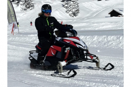 Winter Action in Engelberg - Snowmobile inkl. Fondueplausch 2 [article_picture_small]