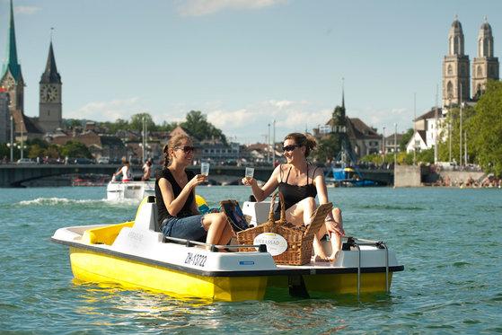 Gourmet-Picknickkorb für 2 - romantische Stunden am Zürichsee  [article_picture_small]