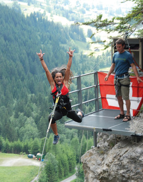 Canyon Jump - Grindelwald 2 [article_picture_small]