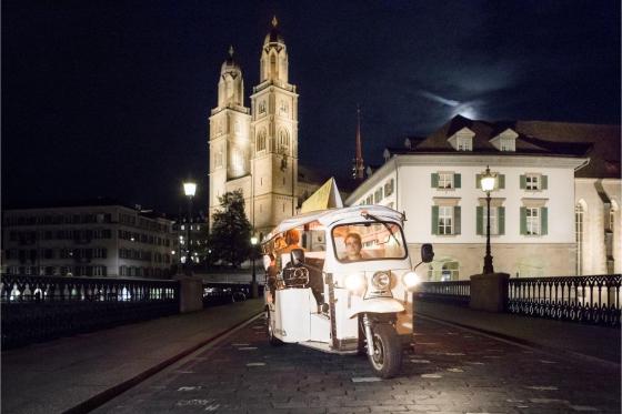 Tuktuk Fondue-Plausch - für 4 Personen 4 [article_picture_small]
