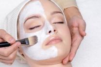 Gesichtsbehandlung - Gutschein inkl. Massage