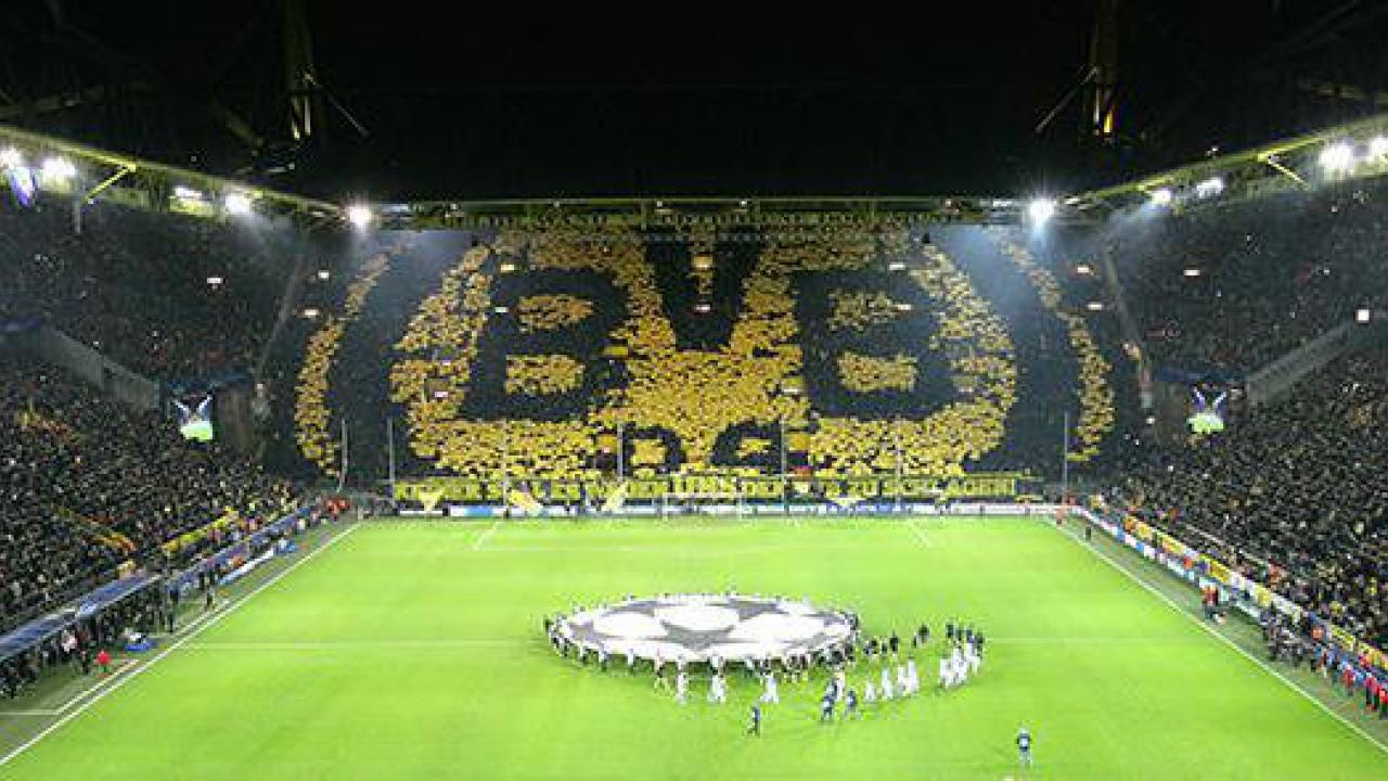 borussia dortmund tickets f r 2 personen ink. Black Bedroom Furniture Sets. Home Design Ideas