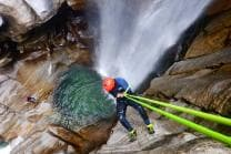Canyoning Halbtagestour - Canyoning Erlebnis im Tessin