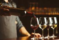 Vins rouge & blanc d'exception - 3 bouteilles de rouge & 3 bouteilles de blanc livrées chez vous