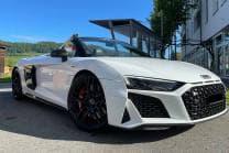 3h Audi R8 Spyder V10 mieten - inkl. 100km