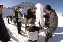 Schneeskulpturen - schnitzen, Schnupperstunde